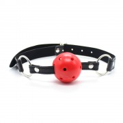 Ballknebel Ballgag mit Luftlöcher Plastik & PU-Leder rot BKPLred