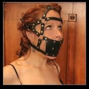 Ballknebel Kopfgeschirr Harness Mundschutz Plastik-Ball M278